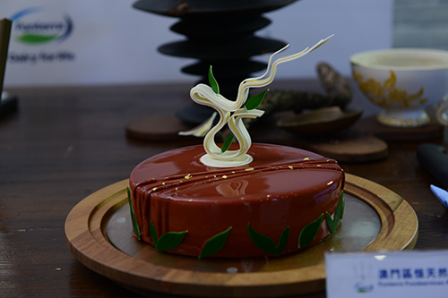 The works of Gold award winners –Summer Red Tea Cake (Sheraton Hotel Macao)